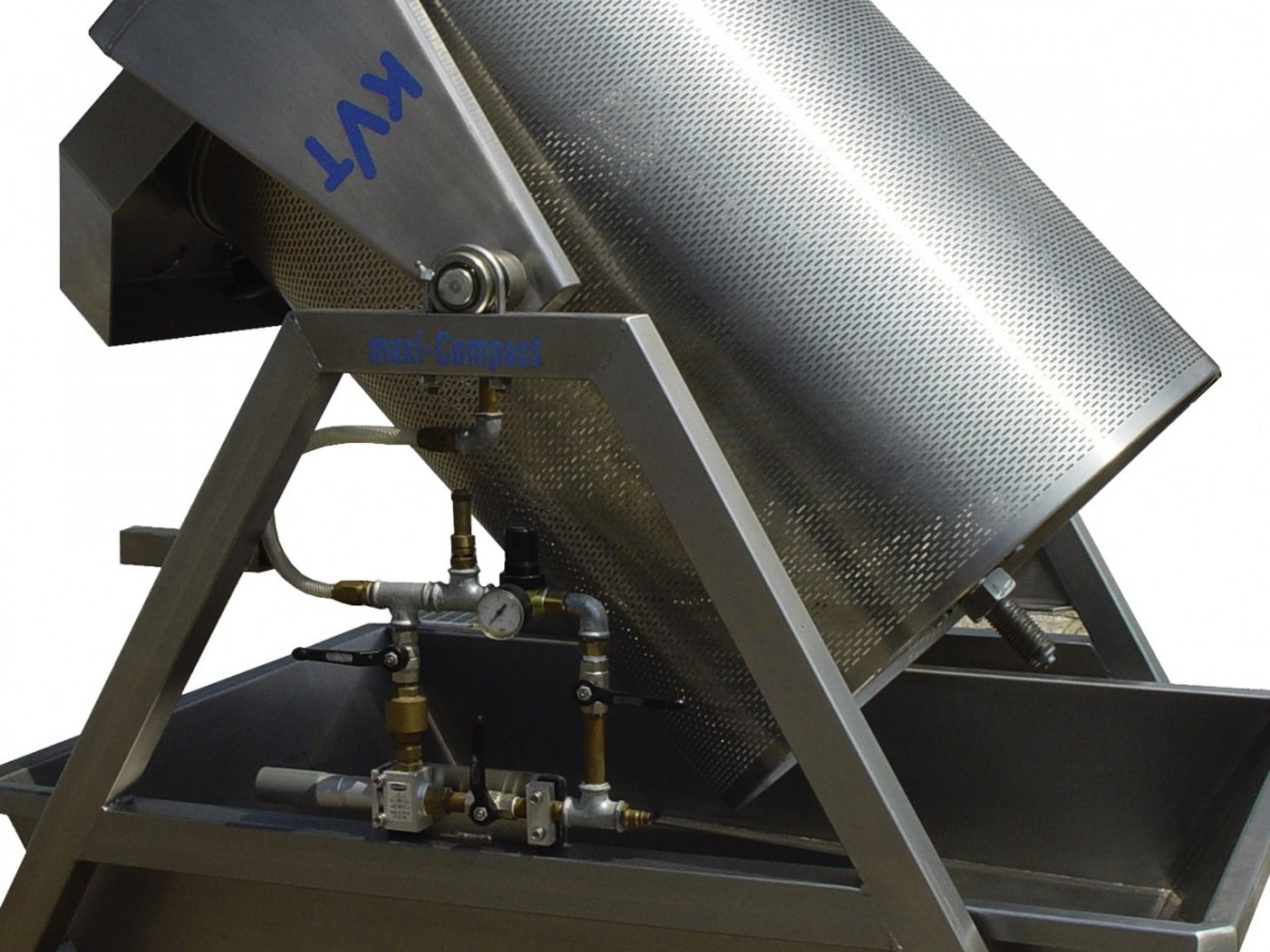 KVT-Gaerbehaelter Wasserrinne mit Entleerung